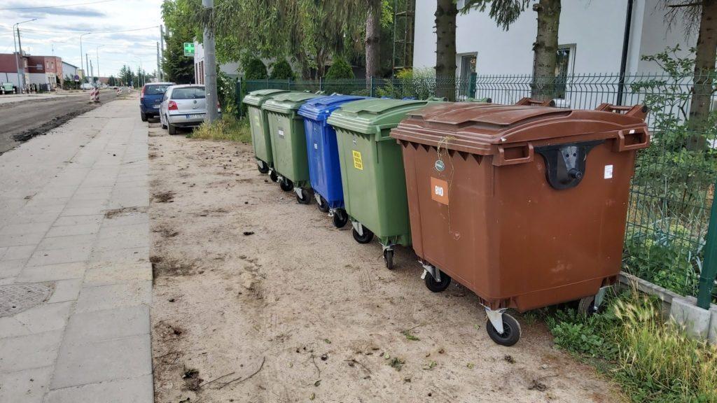 Pojemniki na odpady przy ul. Drzymały